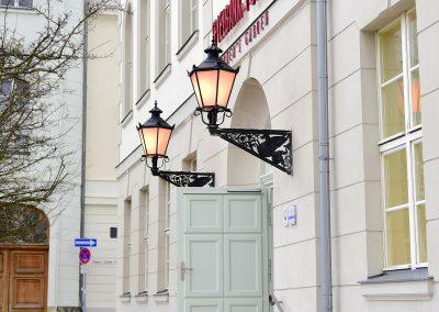 Historische Leuchten APAC